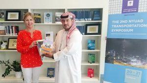 الإمارات للدراسات يهدي نيويورك أبوظبي مجموعة من أحدث إصداراته