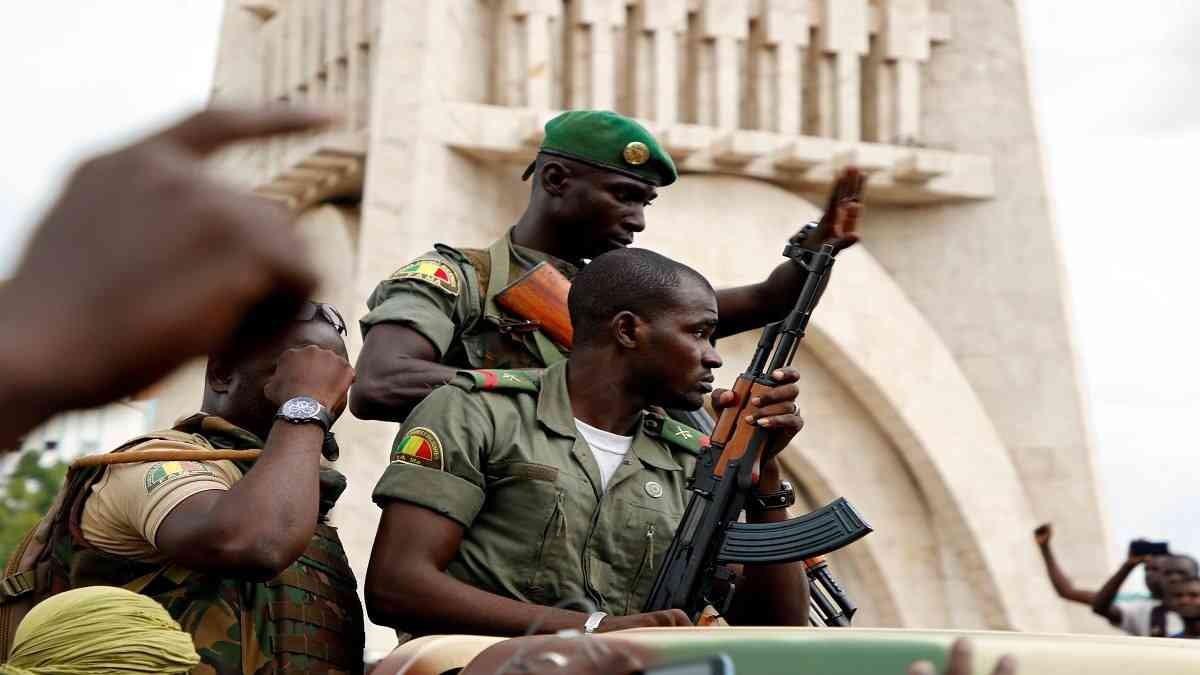 إفريقيا والانقلابات العسكرية: نظرة على التجارب الإفريقية وخبرات مُستخلصة